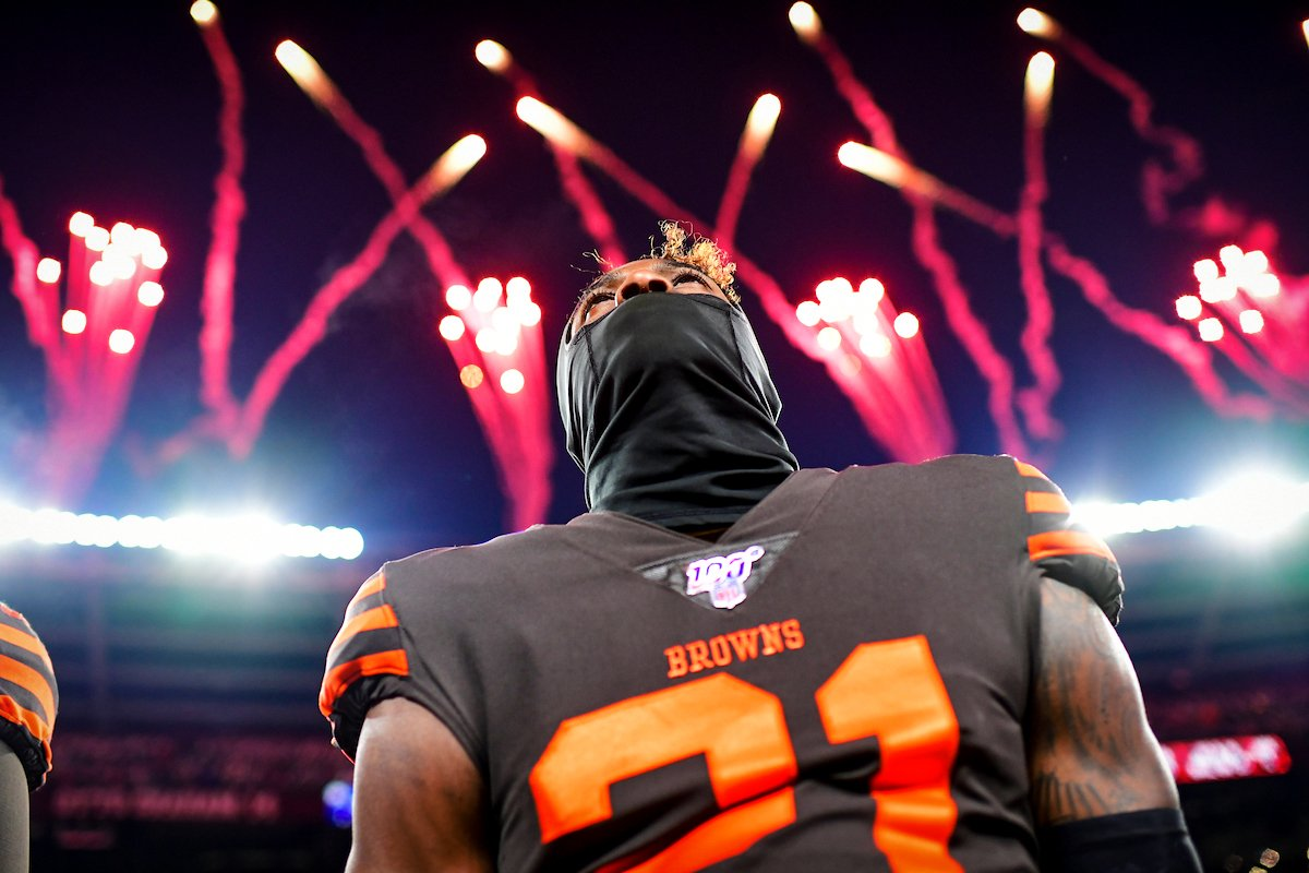 Showtime. 🎇 #PITvsCLE
