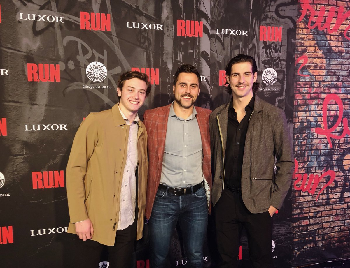 Strolling down the Red Carpet at #runtheshow     #VegasBorn  | @cirque<br>http://pic.twitter.com/XcigJ2zK5Q