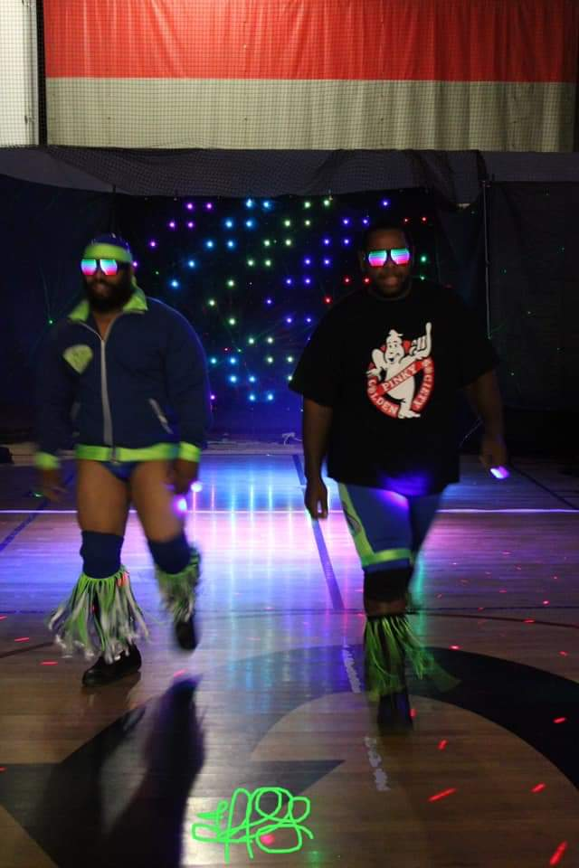 Photos from UEW : @andre_allegiant  #wrestling #goldenpinky #goldenpinkysociety #pinkiesup #tagteam #tagteamwrestling #uew #unitedelitewrestling<br>http://pic.twitter.com/FhdOC4sgB5