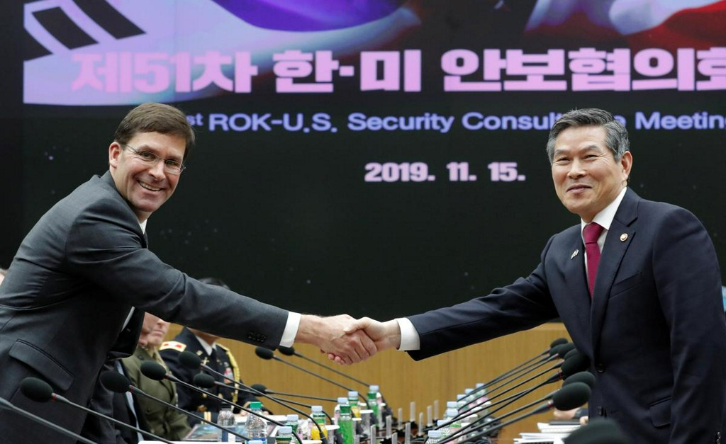 South Korea, U.S. defense chiefs reaffirm commitment to defend against North Korea