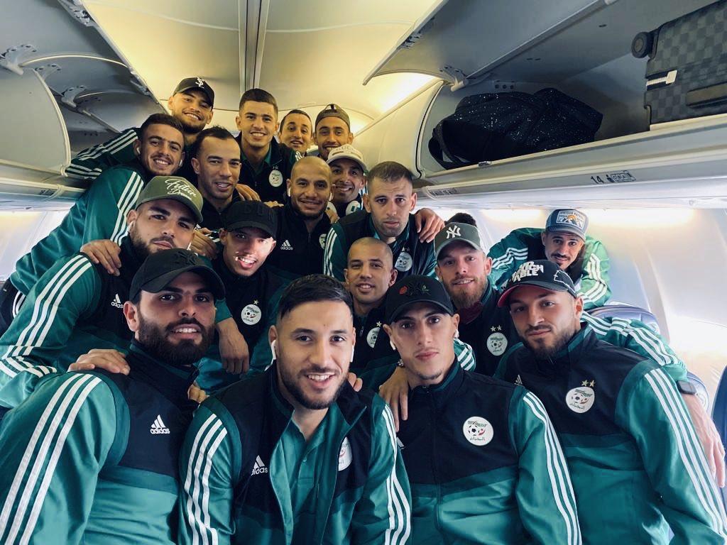 "Welcome on board m3a ""LES Z'HOMMES AIRLINES""  #TeamDZ #Algeria #DaBaBa #TiriBark<br>http://pic.twitter.com/sstJOkmjHs"