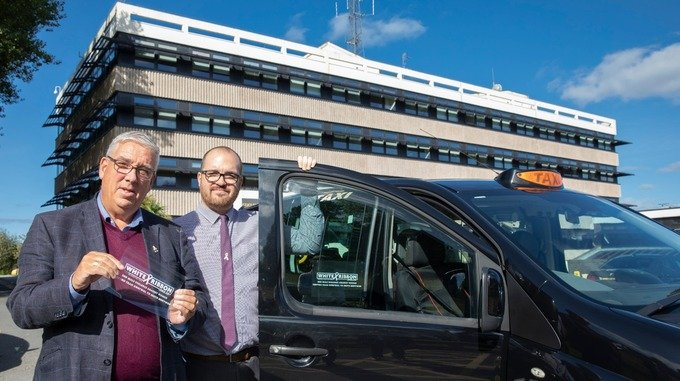 Taxi drivers to put special stickers in cab windows to tackle violence against women bit.ly/2CID02b