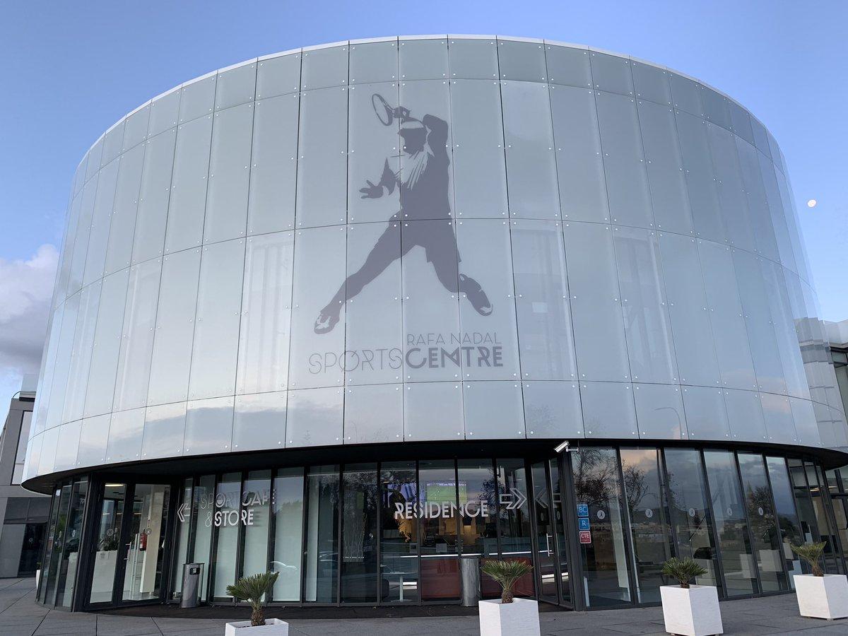 GOOD MORNNG! <br>http://pic.twitter.com/pgO8r1iuuw – à Rafa Nadal Sports Centre