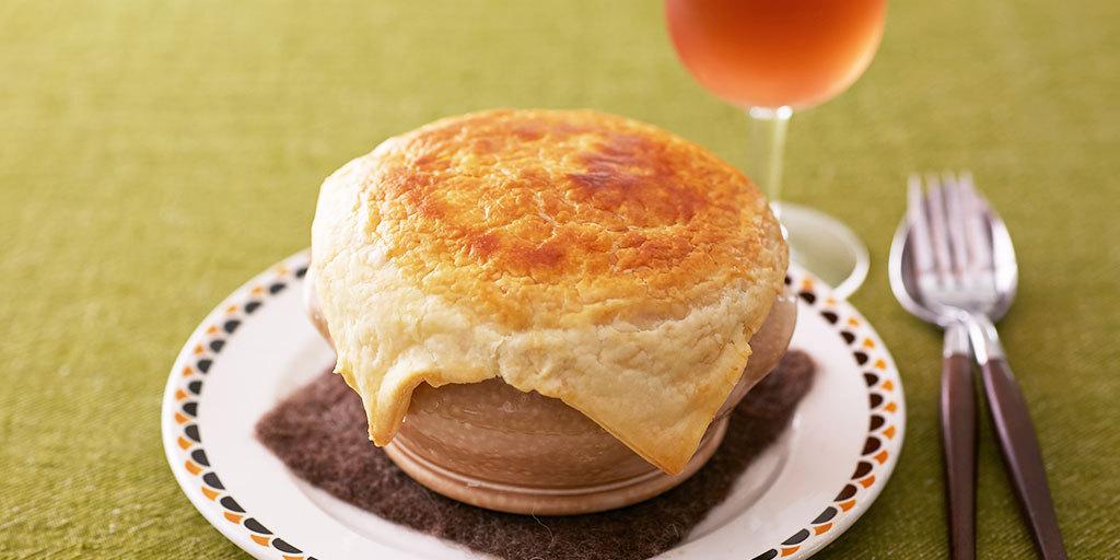 "test ツイッターメディア - 【大根のクリーム煮パイ包み焼き】 今回は、この時期に旬を迎える""大根""を使ったオシャレで簡単な #パイ包み焼き をご紹介! サクッと焼き上がったパイを割れば、中にはとろ~り美味しい #大根 の #クリーム煮 ♪寒い日にはピッタリです! 詳しい #レシピ はこちら→→→ https://t.co/1DUpylA0jK https://t.co/lyKkMQNeIC"