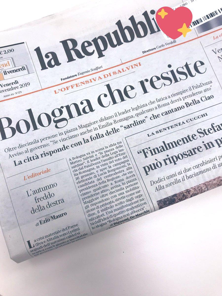 So proud! #Bologna  #bolognanonsilega  @repubblica<br>http://pic.twitter.com/uhGkCKUOSf