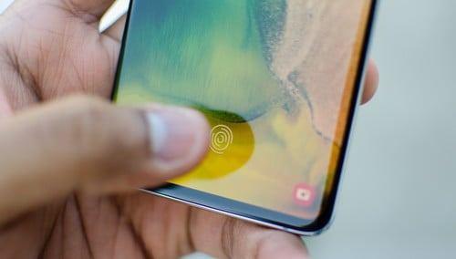 Samsung Galaxy S10 series restores WeChat fingerprint payment function #Samsung #GalaxyS10series #fingerprintsensor #wechat https://www.gizchina.com/2019/11/15/samsung-galaxy-s10-series-restores-wechat-fingerprint-payment-function/…pic.twitter.com/QPDAmjlBzp