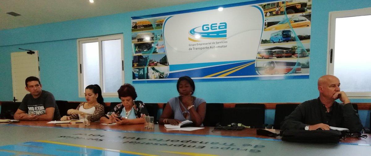 La @2019Etag presente en la reunión de Comunicadores que realiza el @cuba_gea cada mes. #Transporte