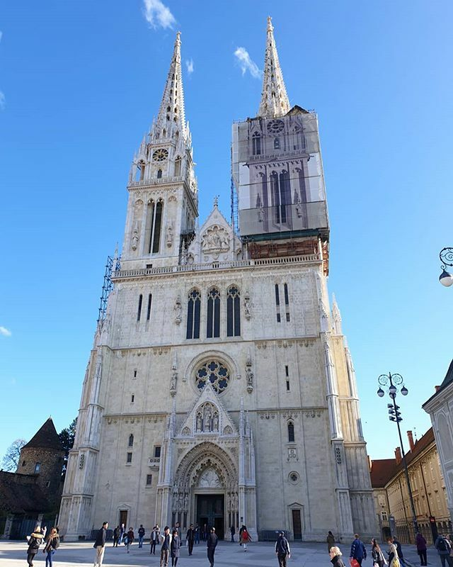 World Roamers On Twitter Zagreb Cathedral Is Beautiful The White Twin Spires Look Just Like A Wedding Cake Ausworldroamers Worldroamers Lifeontheroad Dailylife Ontheroad Overlandlife Traveltheworld Europe Vanlifeeurope Worldtraveler