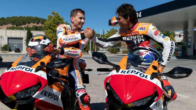 #MotoGP 🏁 | Crivillé-Lorenzo, de campeón a campeón http://bit.ly/2QIIUbO