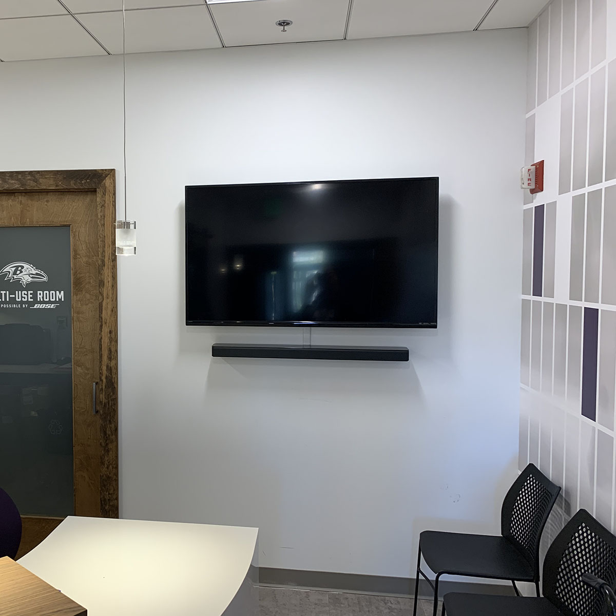 For nursing mothers & other @Ravens fans sensitive to noise, M&T Bank Stadium and Bose have outfitted two multi-use rooms equipped with #BoseHeadphones, soundbars, toys and more. Click to learn more about our #SoundSanctuary program: bose.life/33OLccU