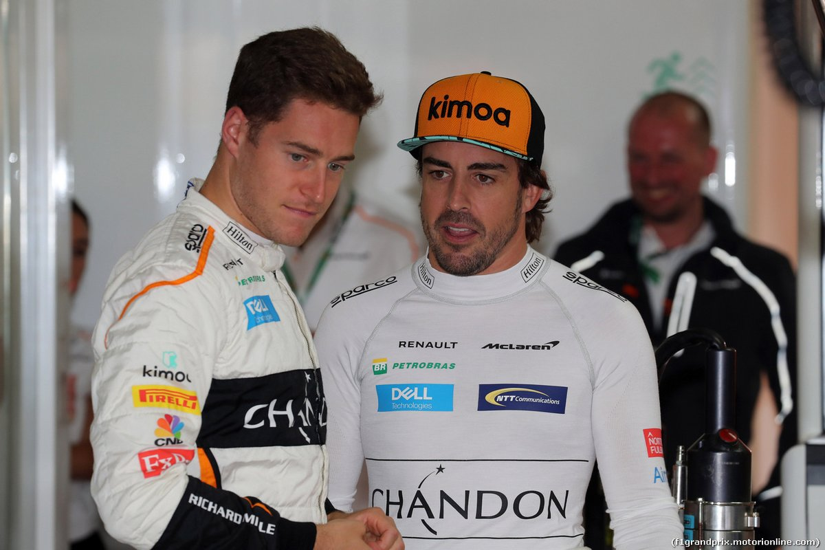 Вандорн: В McLaren за исполнением желаний Алонсо следили 2-3 человека #Формула1 https://autosport.com.ru/f1/59930-vandorn-za-vypolneniyami-pozhelaniy-alonso-sledili-2-3-cheloveka…