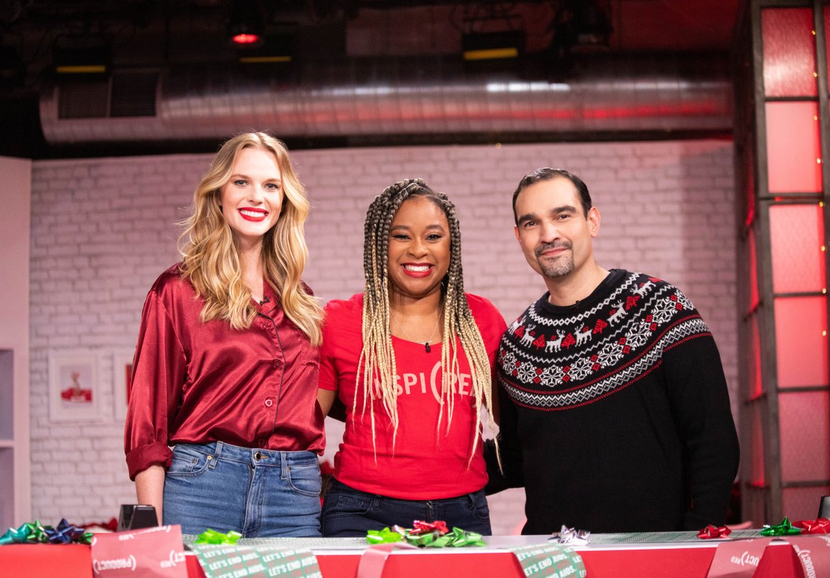 If you missed @RED's first ever fully shoppable show on @Amazon, you have another chance to watch TODAY! Tune in at 4-7pm ET to SHOP @RED SAVE LIVES, watch surprise celebrity cameos & more: Amazon.com/live. #SHOPATHON #amazonlive