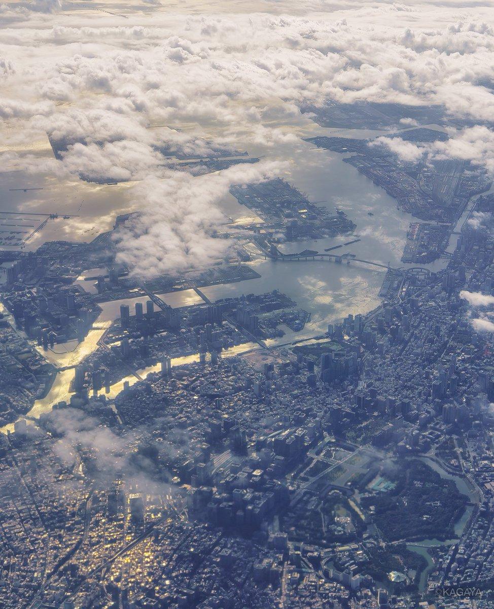 本日のフライトにて撮影。 1, 東京 2, 富士山 3, 北アルプス 今週もお疲れさまでした。おだやかな週末になりますように。