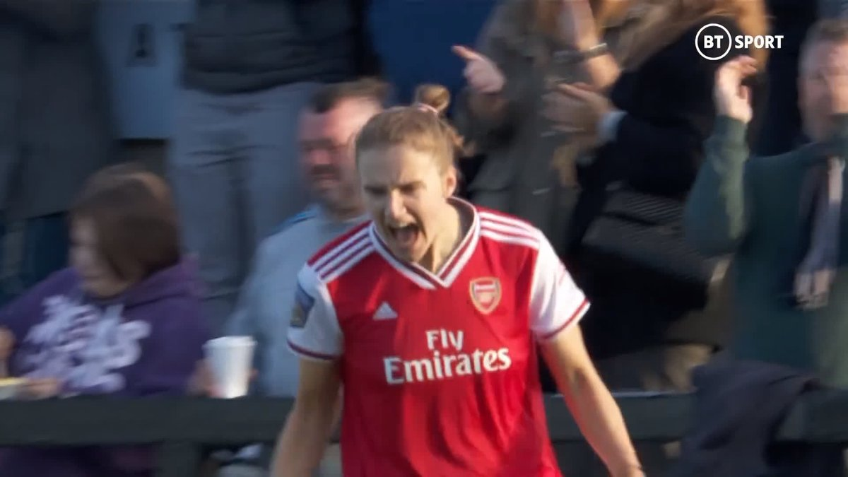 The first North London Derby in the WSL is coming on Sunday! @ArsenalWFC and @SpursWomen have scored some pearlers so far this season! 🕝 2.30pm 📺 BT Sport 1 HD 📲 You can also watch it live on our Twitter, Facebook, YouTube and the BT Sport App 🙌
