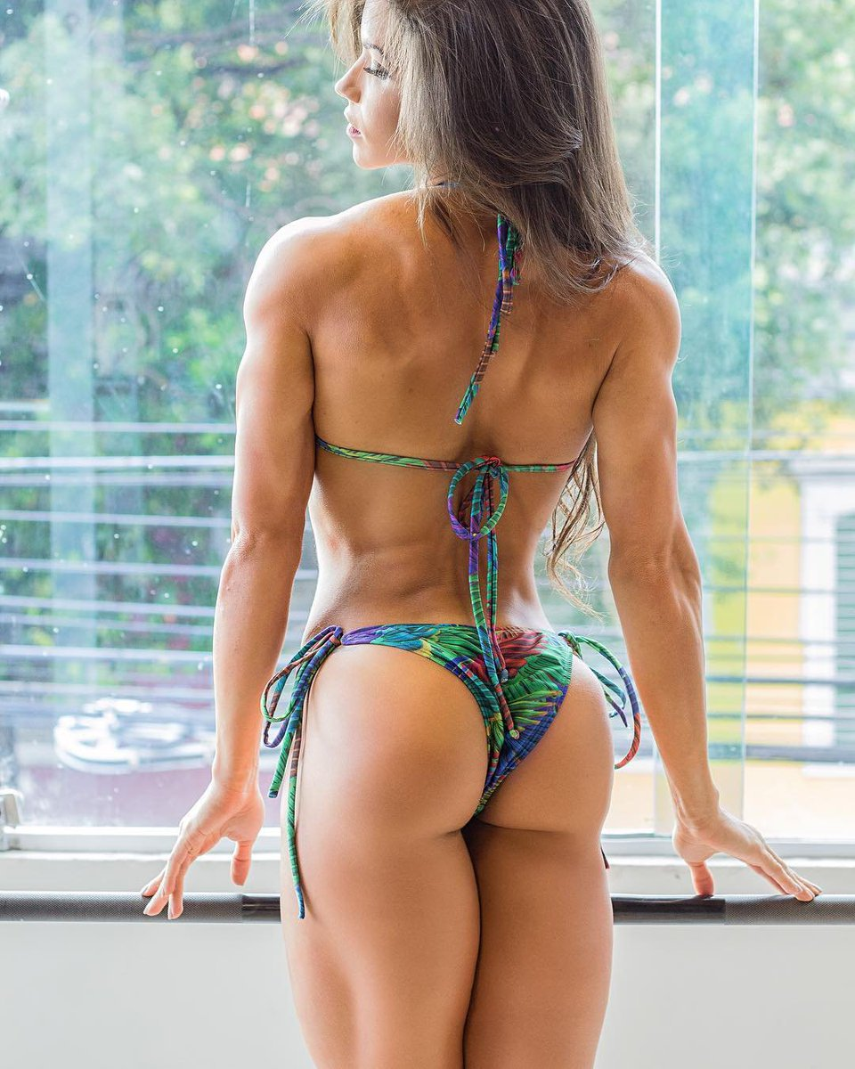 Should Women Squat If They Don't Want Big Legs