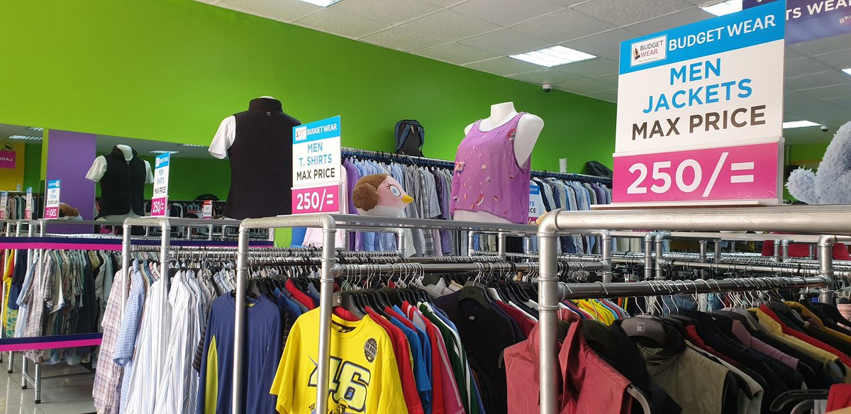 """MM on Twitter: """"So inside Westlands Arcade (the building after Naivas at  The Mall and before Waumini) is this clothes store that's selling  everything for 250/~(men's, women's and kid's)… https://t.co/M5nsBKUz4u"""""""