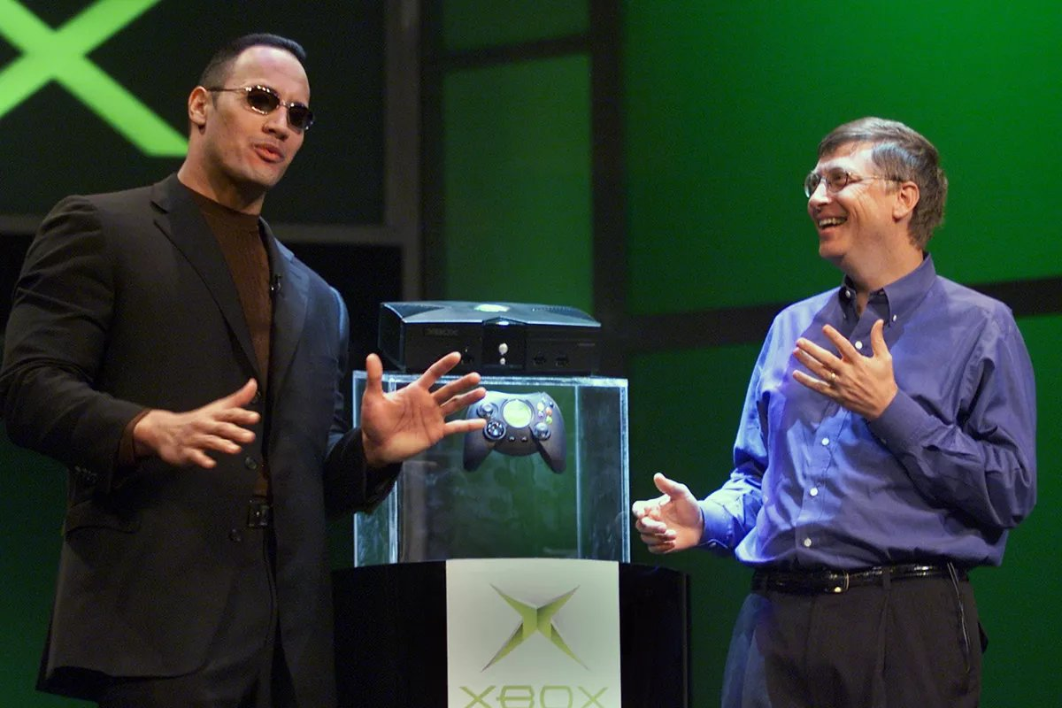 "Microsoft released the first Xbox 18 years ago today in the US. The Xbox name is a reference to ""DirectX Box"" <br>http://pic.twitter.com/7B6fQZ6isk"