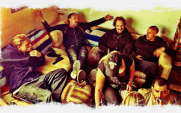Sons of Fucking Anarchy. Doesn't seem like it's been 5 years since the end. Was always @sutterink baby.  But us actors got to play in the bath water.. never forget that play time.... ever... Tig xo. <br>http://pic.twitter.com/ZQCqz0ASYW