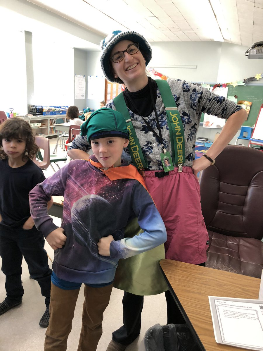 Lots of silliness at #DSFC on our first #SpiritDay of the year; Dress Silly Day! 🤪😂 #schoolcommunity #schoolculture @Super_GPS