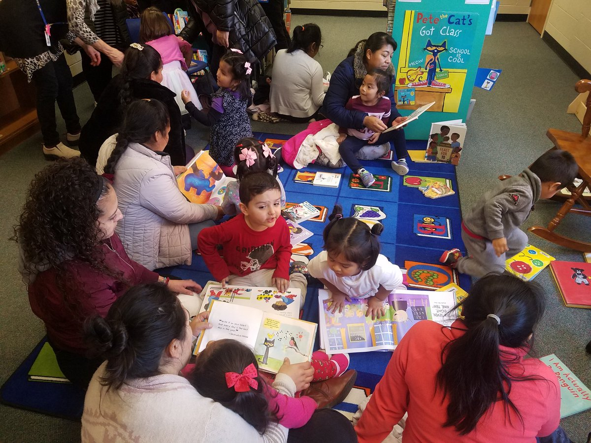 Our  threes went to the library with their moms today. Thanks <a target='_blank' href='http://twitter.com/BarcroftLibrary'>@BarcroftLibrary</a> <a target='_blank' href='http://twitter.com/BarcroftSoars'>@BarcroftSoars</a>  <a target='_blank' href='http://twitter.com/APSLibrarians'>@APSLibrarians</a> <a target='_blank' href='http://twitter.com/APSTitleI'>@APSTitleI</a> <a target='_blank' href='https://t.co/zrj7q32Npj'>https://t.co/zrj7q32Npj</a>