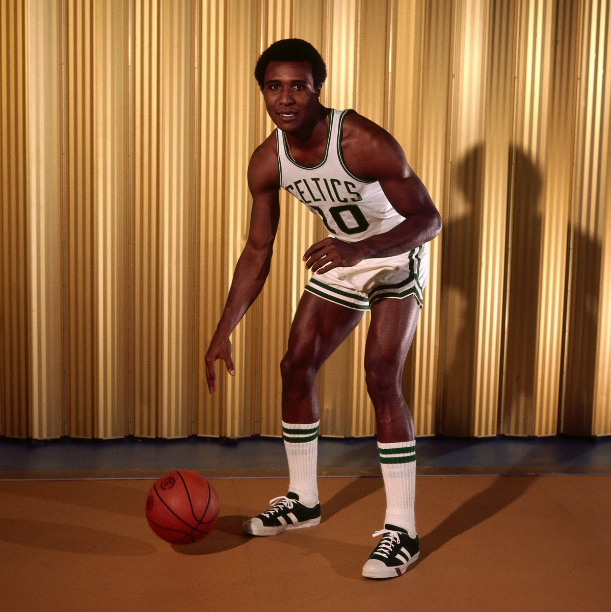Today we remember 7x #NBAAllStar & @Hoophall inductee, Jo Jo White (1946-2018).