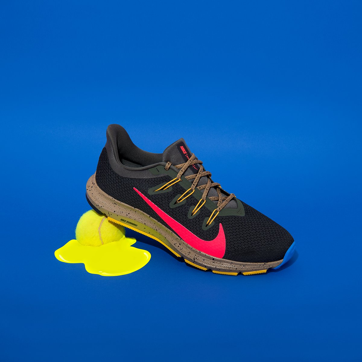 Queste Nike sono il giusto compromesso tra stile e...