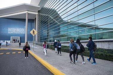 Cómo es el centro de diseño e investigación que tiene Intel en Guadalajara  Por @francorivero