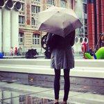 Image for the Tweet beginning: Paris sous la pluie, ça