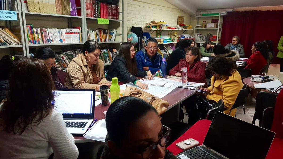 La 2a. Sesión Ordinaria de #CTEHidalgo trabajan en colegiado los niveles de Preescolar, Primaria y CAM No. 1. en la Primaria Gonzalo Menindez Díaz, para compartir buenas prácticas que fortalezcan la continuidad del trayecto educativo de #NNA de #EducaciónBásica @SEPHidalgo
