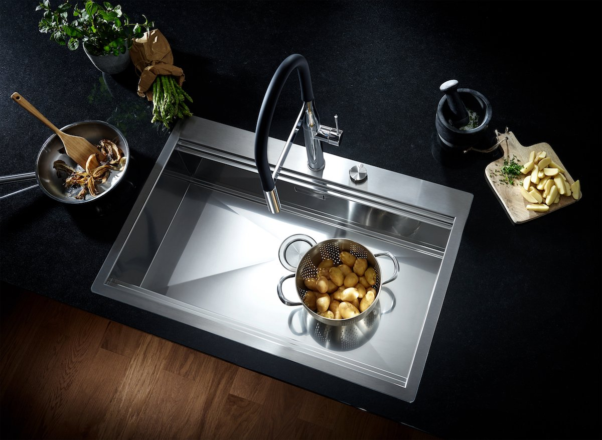 Grohe Canada On Twitter Set The Mood Make A Statement Eat All Of The Carbs The Grohe Essence Semi Pro Kitchen Faucet Will Do Everything Else Grohecanada Pureenjoymentofwater Holidayentertaining Holidaystyle Https T Co Wga0o0gfc7 Https