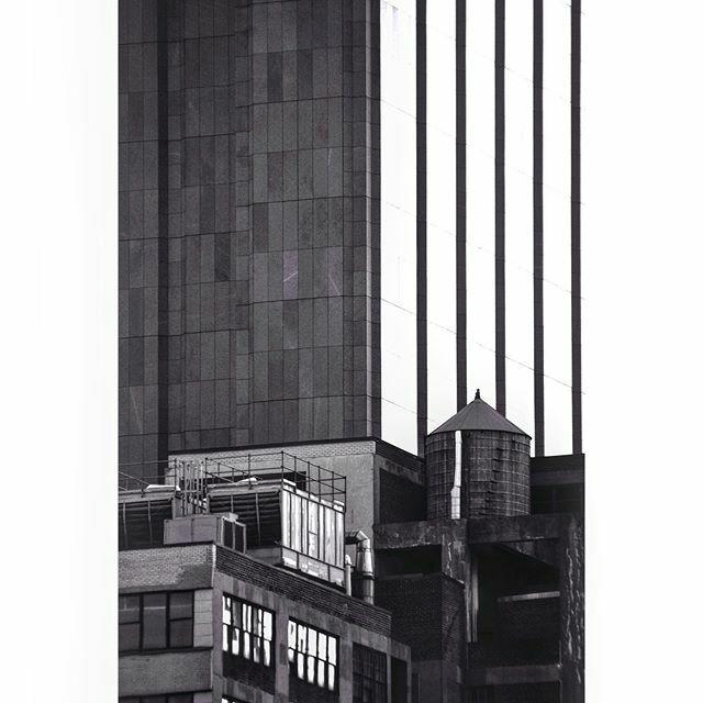 Tribeca Stripes ......#what_i_saw_in_nyc #instagramnyc #instamood #instagood #ig_nycity #SonyNex #sonyimages #createexplore #newyorkcity #newyork #nyc #made_in_ny #igersofnyc #abc7ny #igersofny #newyorkpost #nycgrammers #picturesofnewyork #timeoutn… https://ift.tt/2qhno3d