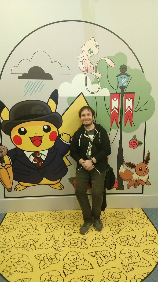 Just chilling with some old friends 😁 @PokemonPopUp #pokemoncentrelondon