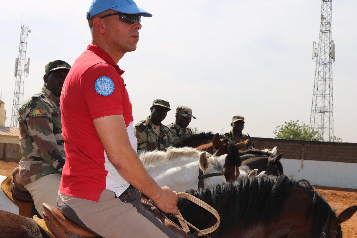 @UNPOL : CLOTURE DE FORMATION SUR LA CALVAERIE A LA GENDARMERIE NATIONALE DU MALI. Le 15 Novembre 2019, la Composante Police de la MINUSMA (UNPOL) a procédé à une clôture de formation au Camp de la Gendarmerie Nationale à Bamako. 2 semaines UNPOL a inculqué d'intenses  formations https://t.co/uKs80tko1T
