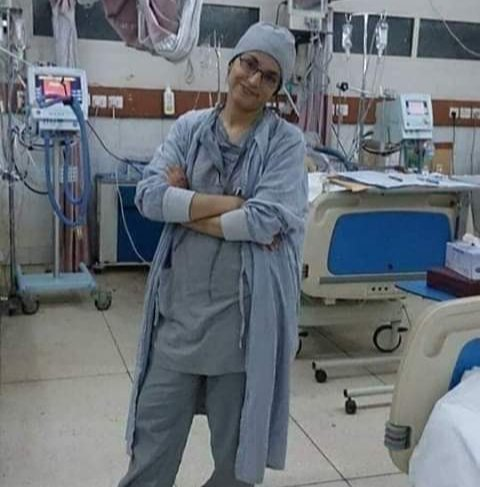 #Dr_Mehnaz_Marri the very first cardio surgeon from #Balochistan is no more with us(due to Gas Leakage) its a great loss for whole Balochistan. She was 1st cardio surgeon in Balochistan. She will always be remembered. May her soul rest in peace😭@VofBalochistan