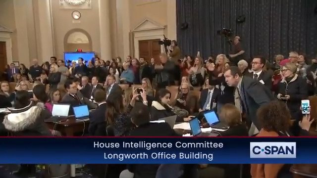 This is the first time I've ever seen a witness receive a STANDING OVATION after testifying at a Congressional hearing. 👏👏