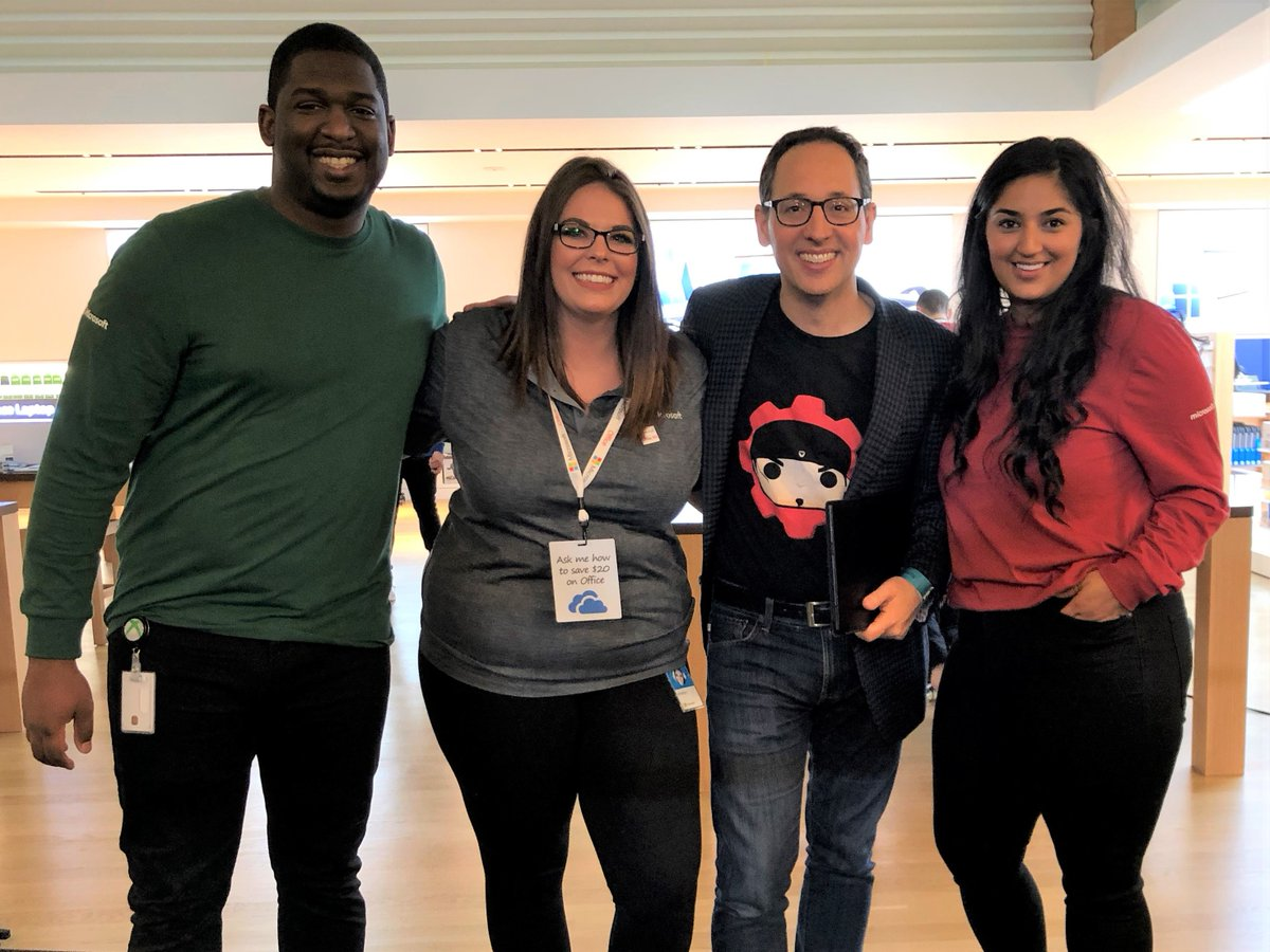A huge THANK YOU to this incredible team who helped me spotlight some of our innovative new products available this holiday season. Their energy was contagious! #MicrosoftLife #HolidayShopping