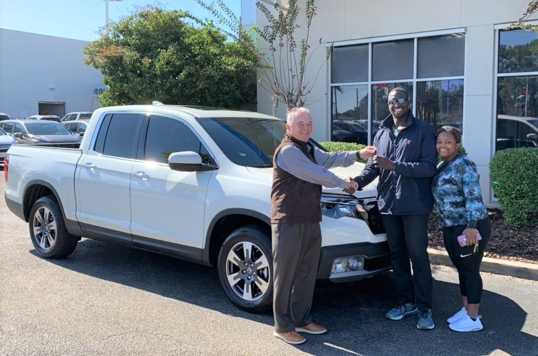 Congratulations to Paul on his purchase of a 2019 #HondaRidgeline RTL-E from our team member Craig! Enjoy it and thank you so much for choosing Pat Peck Honda!