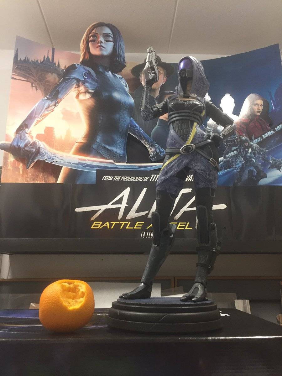 Daily #AlitaChallenge - keep spreading the love for #AlitaBattleAngel. (Tali statue was discounted for #N7Day and I have no impulse control.)#AlitaArmy #AlitaSequel #OscarforRosaSalazar