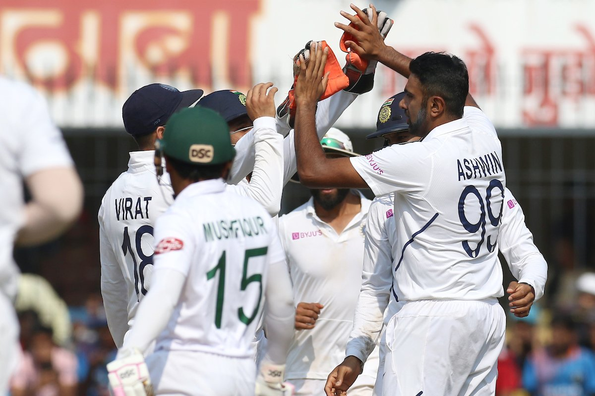 That will be Tea on Day 3 of the 1st Test.Bangladesh have managed to stitch small partnerships here. #TeamIndia 4 wickets away from victory. Live - https://www.bcci.tv/events/15299/india-v-bangladesh-2019/match/15303/1st-test?tab=overview#latest… #INDvBAN
