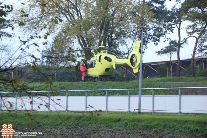 Traumahelikopter naar de Uithof https://t.co/11b2zKJXOK https://t.co/fqgpHPkST9