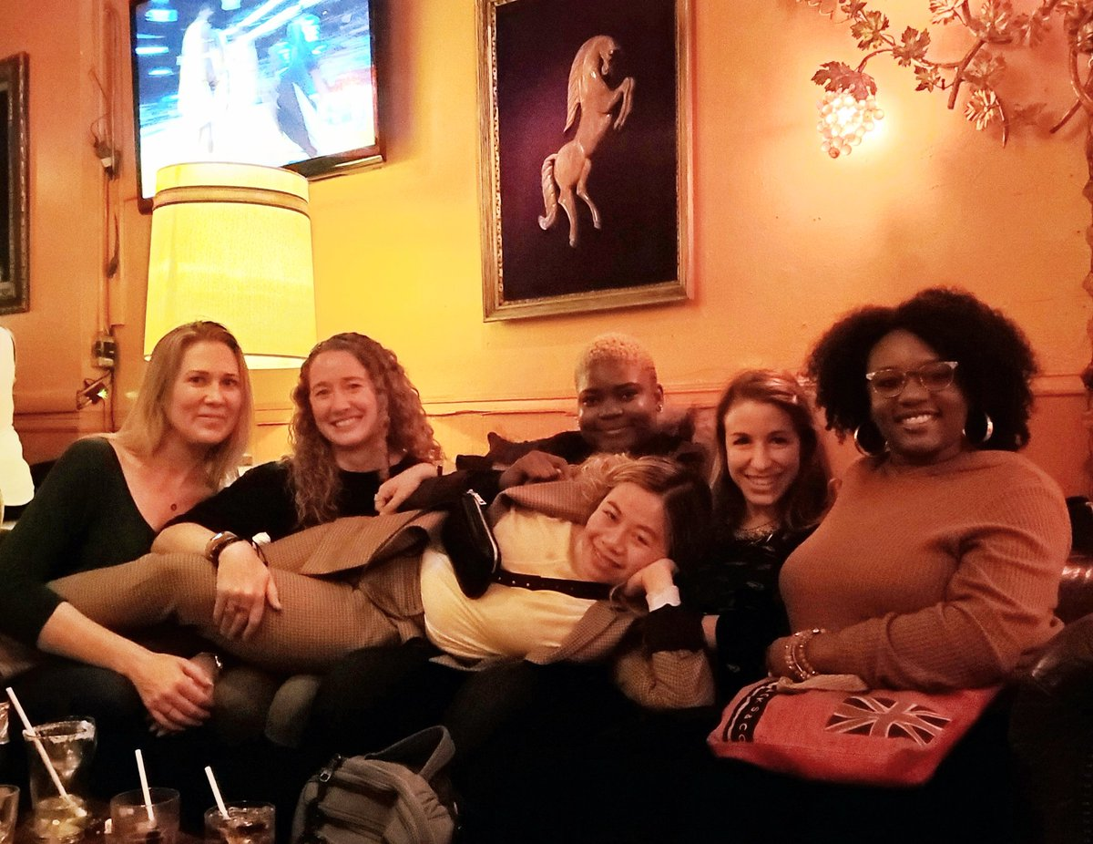 The perfect energy to close out a long week. Family style Chinese food with goddesses @nicolefv, @karissapeth, @TatianaTMac, @lauragift21, @sarah_edo, and @AnjanaVakil 🙌🏾
