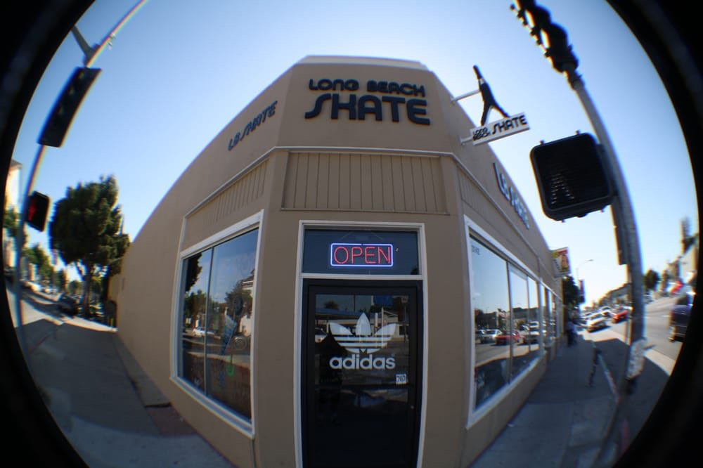 #supportyourlocalskateshopsaturday Long Beach Skate Co. 3142 East 7th Street Long Beach, CA 90804 @lbskateco *Tag your local skateshop! pic.twitter.com/RLZYNHcrX8