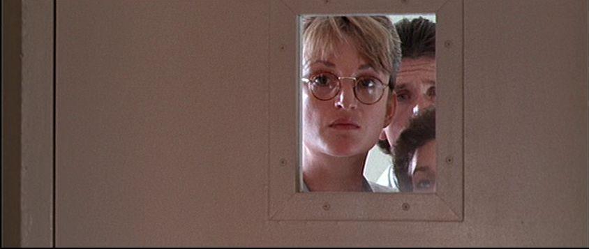 """タイプ・あ~る Twitter પર: """"眼鏡をかけた白衣の女性は役者ではなく ..."""