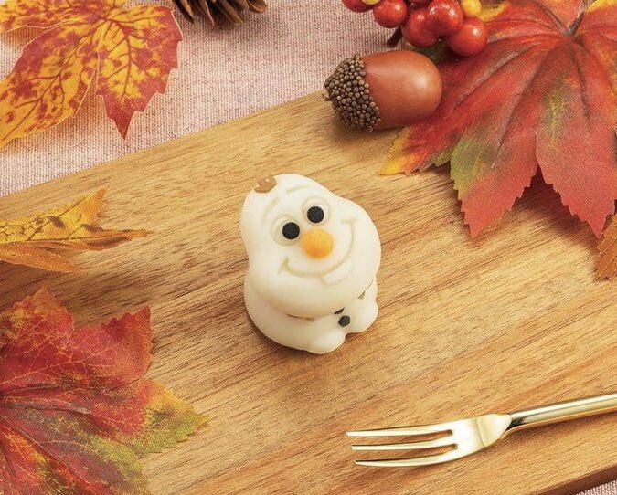 11月22日よりセブンイレブンから、映画『アナと雪の女王』シリーズに登場する「オラフ」の和菓子が新発売されます✨