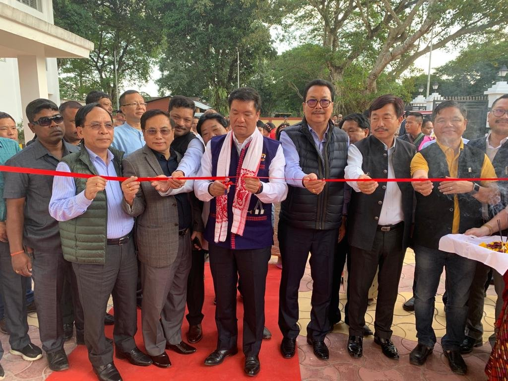 Added another important asset for the people of eastern Arunachal. Inaugurated the new Arunachal Bhavan at Mohanbari, Dibrugarh. #ArunachalPradesh #incredibleindia #ArunachalRising