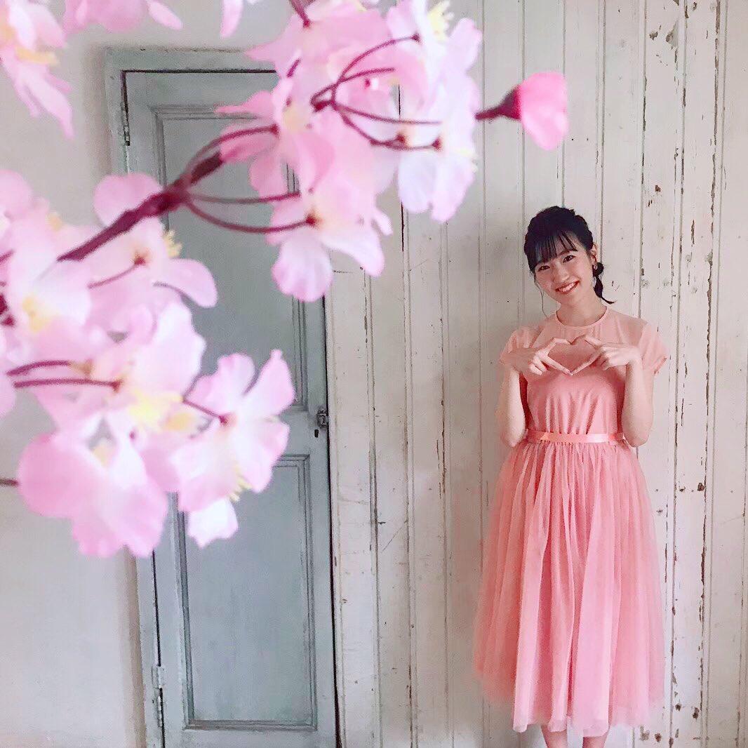 #前島亜美カレンダー2020桜 × ピンク の安定感🌸*受注締切 明日→