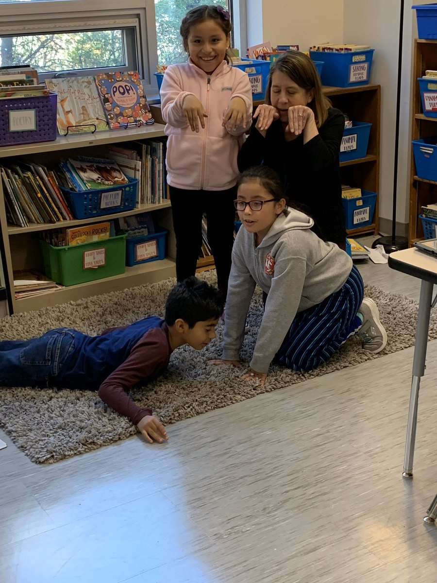 <a target='_blank' href='http://twitter.com/AbingdonGIFT'>@AbingdonGIFT</a> 3rd graders created tableaus to represent a food chain that exists in an ecosystem of their study. Based on height, gestures, positioning and facial expressions, can you pick out the top predator? What about a major energy source ☀️? <a target='_blank' href='http://twitter.com/CETAatKC'>@CETAatKC</a> <a target='_blank' href='https://t.co/yZnKyKxS1r'>https://t.co/yZnKyKxS1r</a>