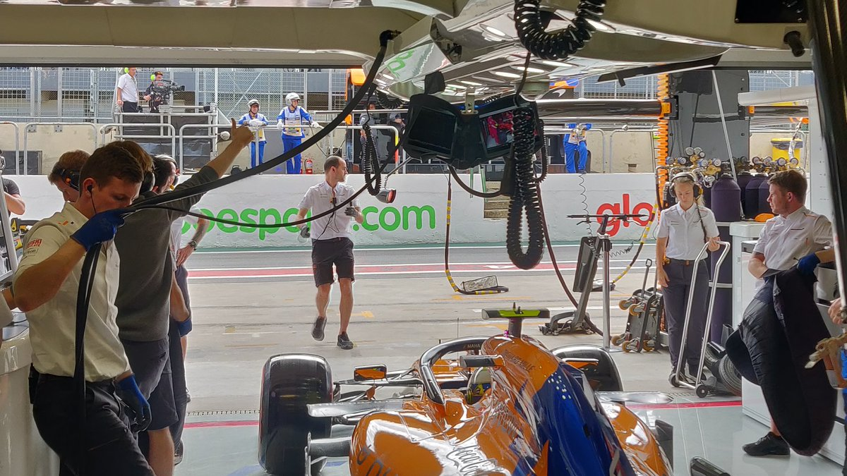 We go again with @LandoNorris.  👊🧡 #BrazilGP https://t.co/DJKxCLlRip