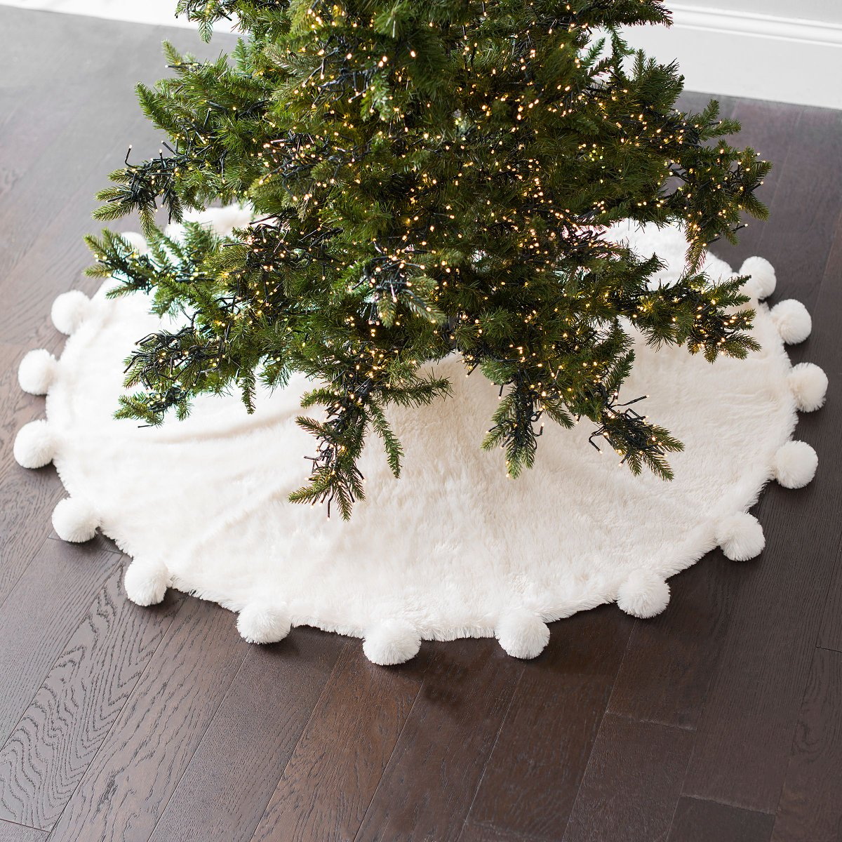 Kirkland S On Twitter Add Some Festive Sparkle To Your Tree Today Only Tree Skirts Are 25 With The Christmas Daily Deals Https T Co Acqsbqv3vq Christmasdecor Treeskirts Christmastrees Kirklandsfinds Bringhappinesshome