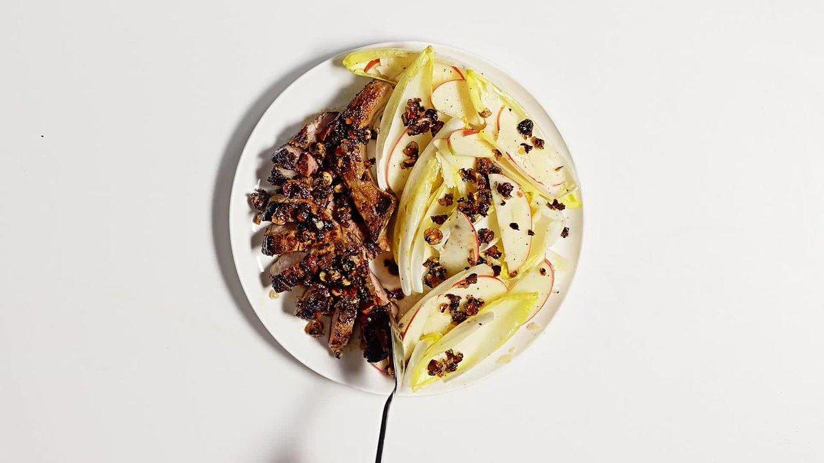 Image for the Tweet beginning: Crispy, caramelized pork, a lemony